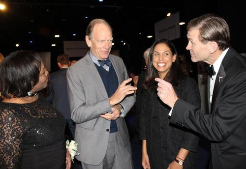 quotLIVINGSTON TAYLOR STEPS UP FOR VETERANSquot